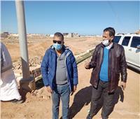 استكمال مشروعات رصف مناطق غرب مطروح
