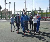 رئيس جامعة سوهاج يشارك في المباراة الافتتاحية لمعسكر كرة القدم