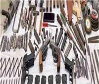 ضبط ورشة لتصنيع الأسلحة في «كوم مجانين» بقنا