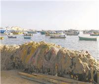 بحر النوات «قلاَّب»  تجبر الصيادين على البيات الشتوي وتساقط النجوم علاماتها