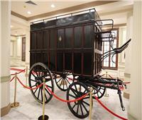 وزارة الأثار تهدي «الاتصالات» مركبة أثرية لعرضها في متحف البريد