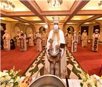بسبب كورونا .. البابا تواضروس يعتذر عن استقبال المهنئين بعيد الغطاس