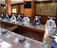 نائب محافظ سوهاج يتابع المراكز التكنولوجية لخدمة المواطنين