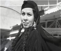 وداد حمدي تحتكر «خادمة السينما» بمايوه السباحة