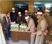 وكيل أوقاف المنيا يوزع 1200 مصحف على المساجد الكبرى والأئمة