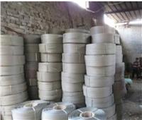 «المسطحات» تداهم 3 مصانع.. ضبط 250 ألف كمامة و55 طن منتجات مجهولة|صور