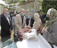 «التضامن» توزع مساعدات زواج عينية في بني سويف