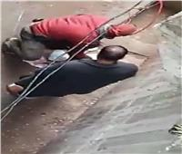 متهم بالقتل.. حبس صاحب واقعة «تجريد طفلته من ملابسها» بطلخا