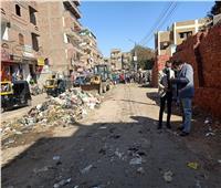 حملة لرفع وإزالة القمامة من شوارع مدينة منفلوط بأسيوط