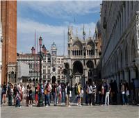 إيطاليا تسجل 14078 إصابة يومية بفيروس كورونا