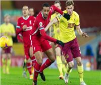 الشوط الأول  التعادل السلبي يسيطر على مباراة ليفربول وبيرنلي