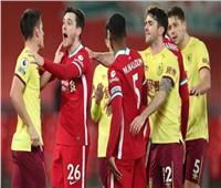 آشلي بارنس يقود بيرنلي لفوز قاسٍ على ليفربول في الدوري الإنجليزي