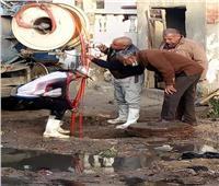استخراج مخلفات حيوانية أثناء تطهير شبكات الصرف الصحي  بالإسماعيلية
