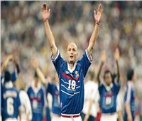 لوبوف.. بطل كأس العالم من الملعب إلى المسرح| «فيديو»