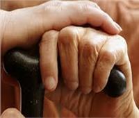 إحالة المتهم بابتزاز «عجوز مصر الجديدة» بفيديوهات جنسية للجنايات