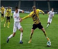 مونشنجلادباخ يقسو برباعية على دورتموند في الدوري الألماني