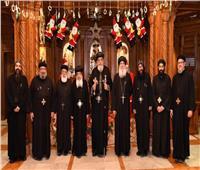 البابا تواضروسيجتمع مع سكرتارية المجمع المقدس