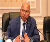 «قناة سويس جديدة».. ماذا قال كامل الوزير عن القطار السريع؟