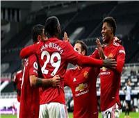 كلاسيكو إنجلترا | كافاني يقود هجوم مانشستر يونايتد أمام ليفربول