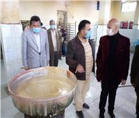 غلق مصنعين للمواد الغذائية بالشرقية وإعدام 12 طنًا من الأغذية الفاسدة