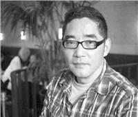 سو تونغ:  كلما كان الظلام قائمًا والمخاطر محدقة كان أفضل للكتابة