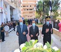 محافظ الغربية يضع إكليل الزهور على النصب التذكاري لشهداء الشرطة