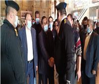 رئيس «السكة الحديد» يتابع العمل بمحطة مصر ويهنىء رجال الشرطة بعيدهم