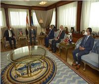 رئيس قناة السويس يبحث مع أعضاء النواب والشيوخ بالمحافظة سبل تحقيق التنمية الشاملة