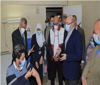 بدء تطعيم الطاقم الطبي بمستشفيات العزل في بني سويف