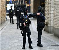 بسبب «حلاق».. معاقبة 31 ضابطا في بريطانيا