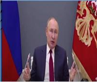 بوتين يحذر من خطورة محاولات احتواء الأزمات المعاصرة