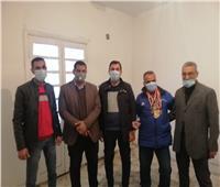 محافظة الغربية تُسلم «شقة» لبطل الجمهورية في ألعاب القوى للمعاقين