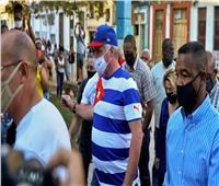 طرد متظاهرين من أمام وزارة الثقافة الكوبية في هافانا