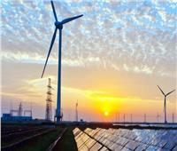 مصدر بالكهرباء يكشف نسب إنتاج الطاقة من الشمس والمياه والهواء