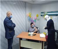 تطعيم 300 من أفراد الأطقم الطبية بمستشفى فاقوس النموذجي