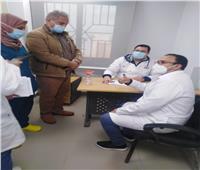 استمرار تطعيم الأطقم الطبية بلقاح كورونا في مستشفى النجيلة