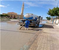 سحب تجمعات مياه الأمطار ولا تأثير بالمناطق المخدومة بالصرف الصحي بمطروح