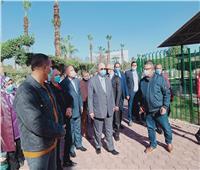 محافظ القاهرة يتفقد أعمال تطوير حديقة الطفل