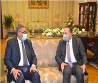 رئيس جامعة الإسكندرية يقدم التهنئة لمدير أمن الإسكندرية بمناسبة عيد الشرطة الـ69