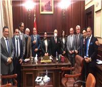 نواب الوفد يرفضون استقالة أبو شقة.. ويطالبونه برئاسة الهيئة البرلمانية بالشيوخ