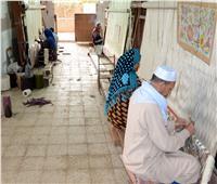 صنايعية مصر| «طلحا».. قرية تصديرالسجاد اليدوي بأيادي مصرية
