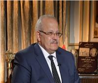 رئيس جامعة القاهرة يؤكد على دعم الطلاب غير القادرين لاستكمال دراستهم