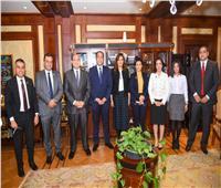 وزيرة الهجرة تبحث مع تنسيقية شباب الأحزاب التعاون حول الدارسين بالخارج