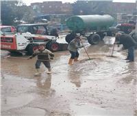 استمرار الطقس الغير مستقر وجهود مكثفة لرفع تراكمات الأمطار بدمياط