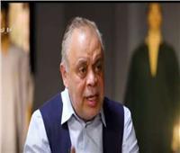 أشرف زكي: وفاة عزت العلايلي طبيعية ولا صحة لإصابته بكورونا