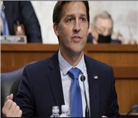 «ساسي» السيناتور الجمهوري «يعري» حزبه ويكشف حقيقة ترامب السرطانية
