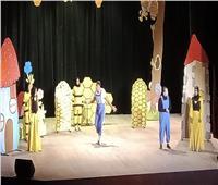 «هفتان وريان» عرض مسرحي بثقافة قنا