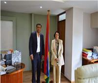 وزير البيئة في موريشيوس يستقبل سفيرة مصر