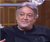 عماد رشاد يعلن تعرض حفيده لحادث خطير