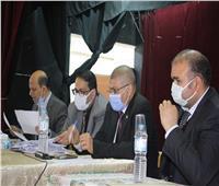 محافظ الغربية يكرم طلاب جامعة طنطا الفائزين ببرنامج عباقرة الجامعات المصرية